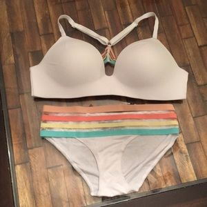 Victoria's Secret T-Shirt  bra and panty set